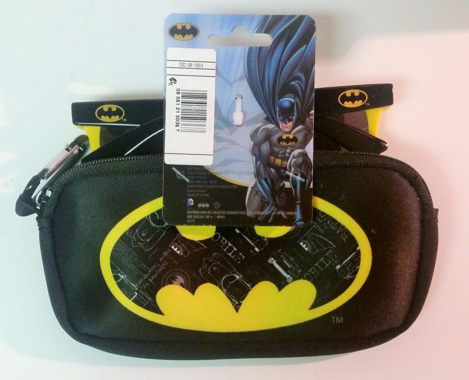 Batman Fun Fun Fun in The Sun Bundle Batman Sunglasses Batman Kite Batman Waterbottle 0c6067