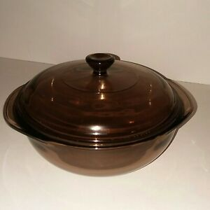 Pyrex-Glass-Amber-Round-1-5-L-Casserole-Baking-Dish-With-Lid-USA-EUC