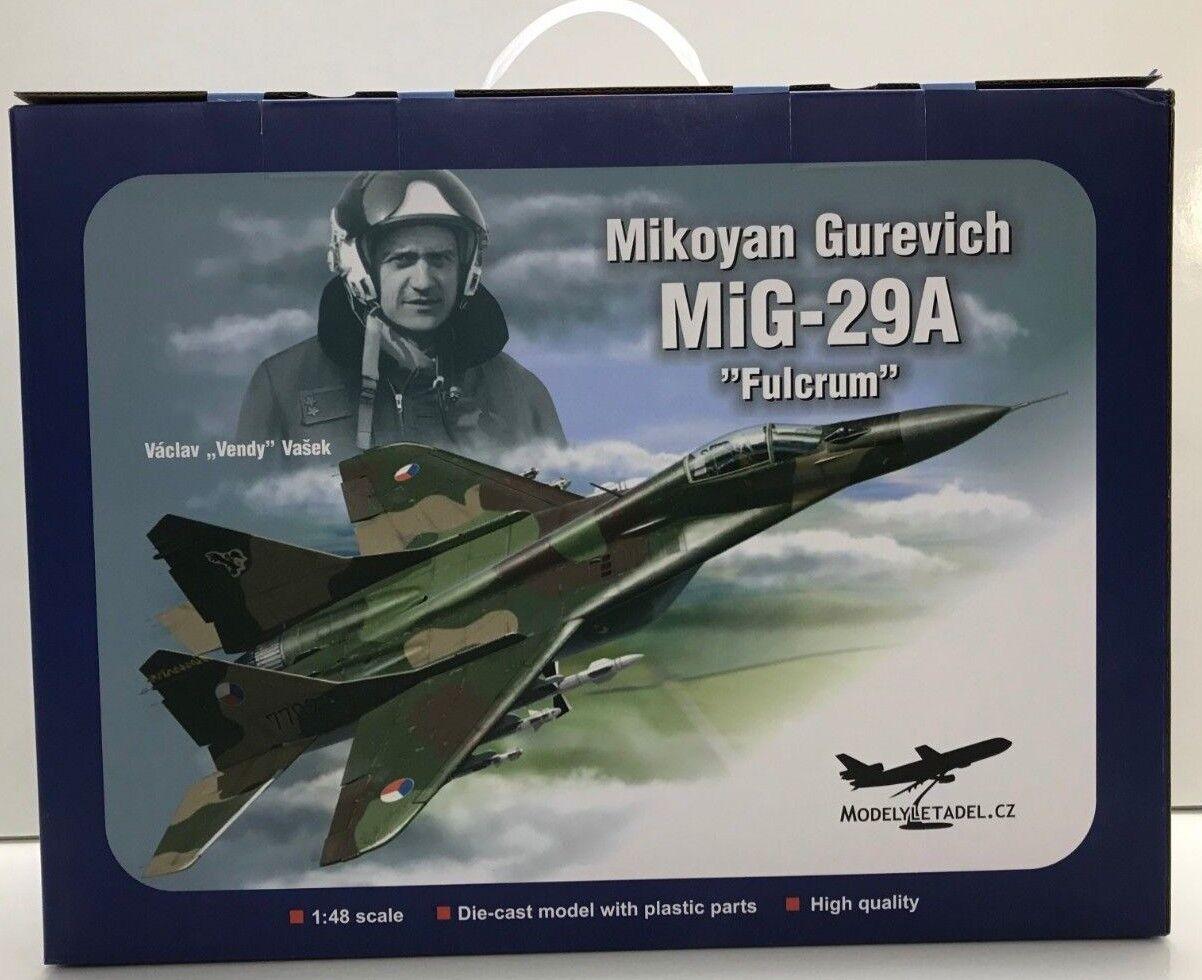 Air Force 1 AF1-0032A, Mig-29A Mikoyan Gurevich  FULCRUM , 1 48