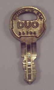 Details about Illinois DUO Key # 3579C Double-Sided Security Seeburg Juke  Box Vending Arcade