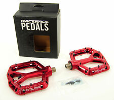 Race Face Atlas Platform Aluminum Pedals Red PD13ATLASRED
