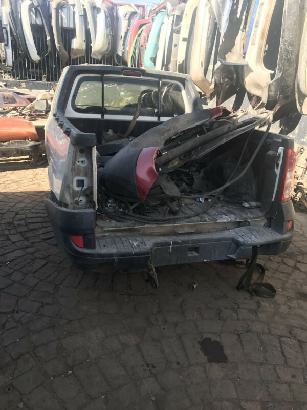 Nissan NP200 stripping for parts