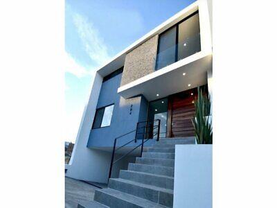 Hermosa y amplía casa en La Cima, Zapopan, Jal.