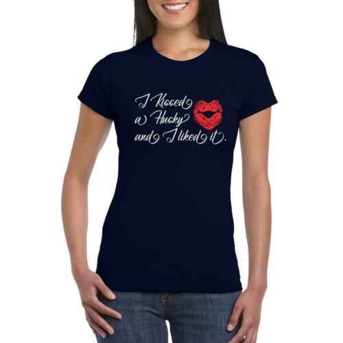 Husky Dog Kissing Women Owner Trainer Funny Humour Fathers  T-Shirt