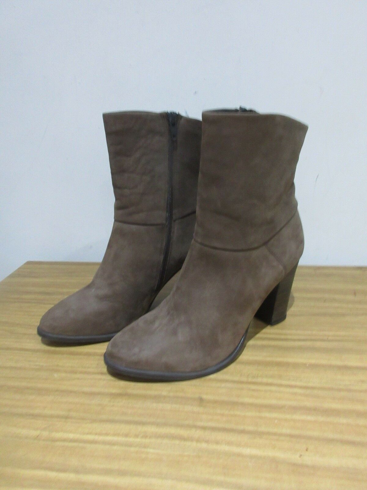 FANTASTIC JONES TAUPE BROWN 6, LEATHER ANKLE Stiefel SIZE 6, BROWN 39. 256953