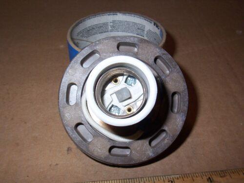 WESTINGHOUSE//CHALLENGER 4KV 660W WATT 600V VOLT CERAMIC LIGHT SOCKET