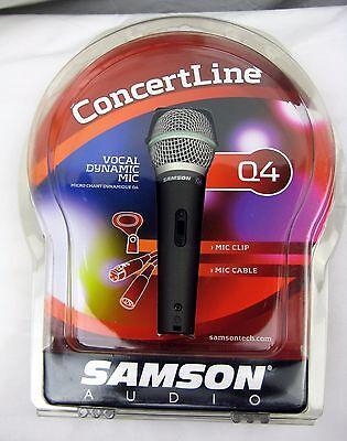 Samson Q4 Super Cardioid Dynamic Vocal Microphone with Case,Mic Clip /& XLR Lead
