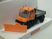 Wiking Mercedes Unimog U 400 Schneepflug, orange - 0646 03