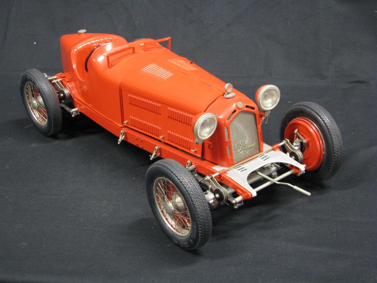Pocher Alfa Romeo 8C 2300 Monza 1931 1:8 Red (Built Kit)