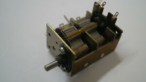 1-Stueck-Luftdrehkondensator-2-x-320pF-Kondensator-Drehko-Air-variable-capacitor