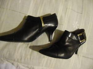Détails sur GUESS BY MARCIANO Très Belles bottines low boots Cuir noir P 36 TTBE