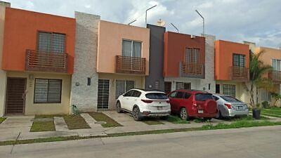 Venta Casa Campo Real 3 recámaras 2 baños 2 autos