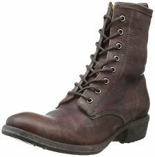 New in Box Frye Womens Carson Lug Lace Up dark Brown Antiqued Size 7 Medium