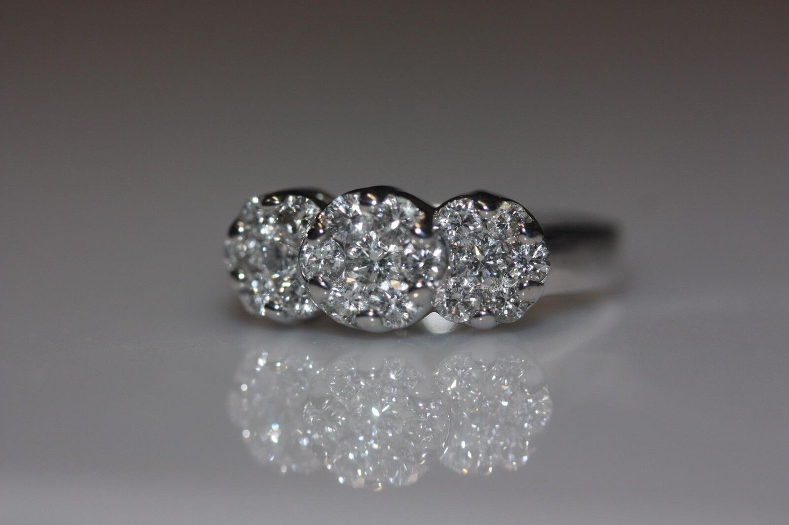 FINE 14K WHITE gold FLOWER CLUSTER DIAMOND RING PAST, PRESENT, FUTURE 1.00 CTW