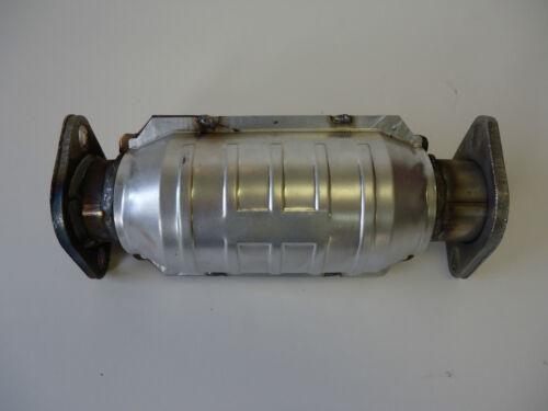 Fits 1990 1991 1992 1993 1994 Nissan D21 2.4L L4 RWD Catalytic Converter