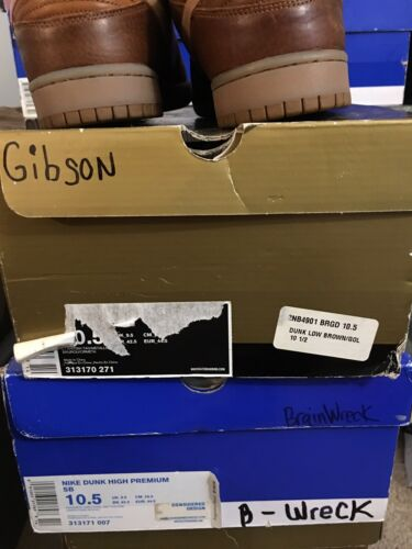 NDS Sb Dunks Gibson Guitar Case Size 10.5 - image 1