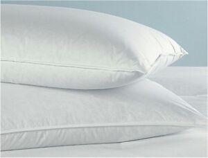 2 Queen Size Goose Down Feather Bedding Pillows 32 Oz Fill
