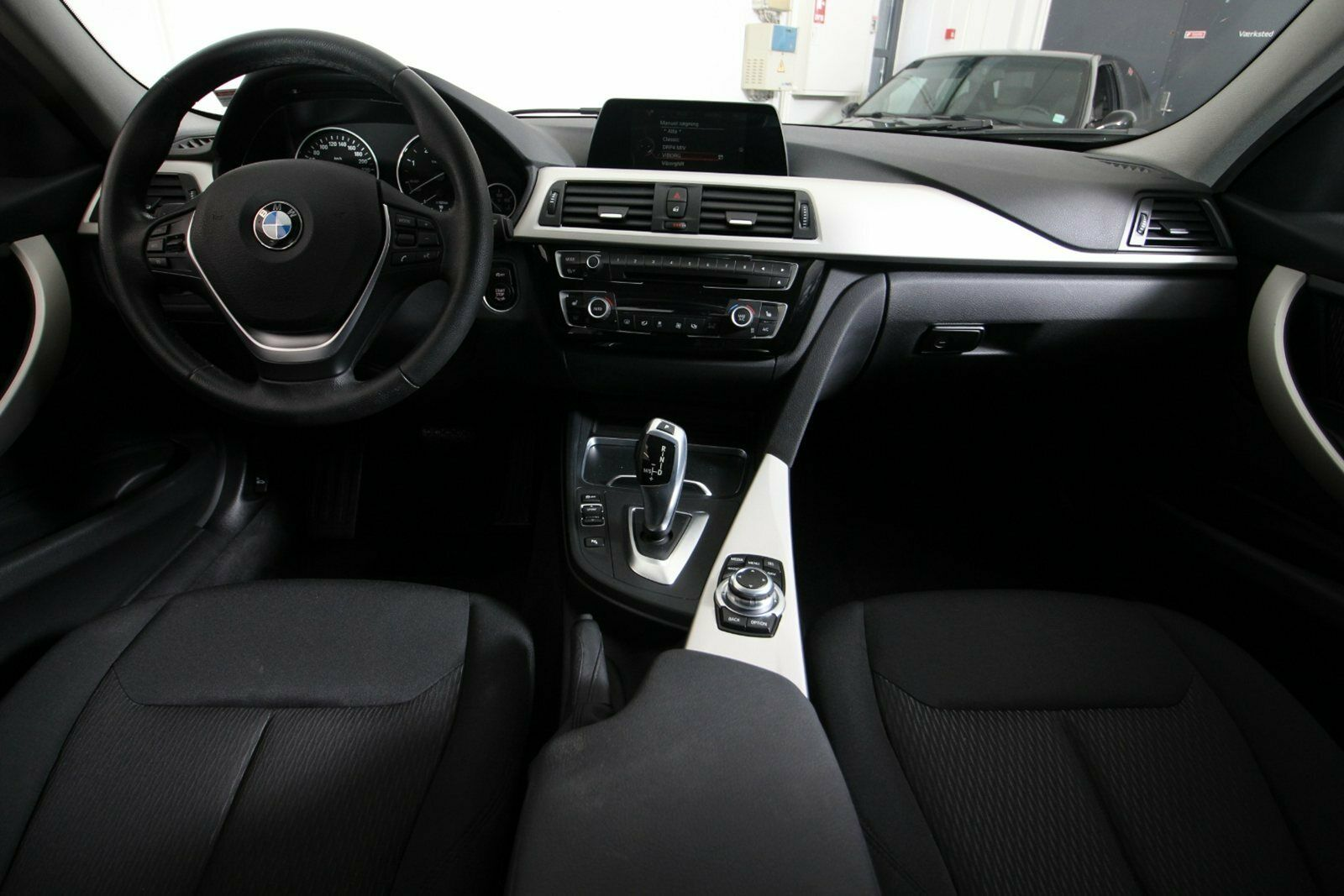BMW 318d Touring aut.