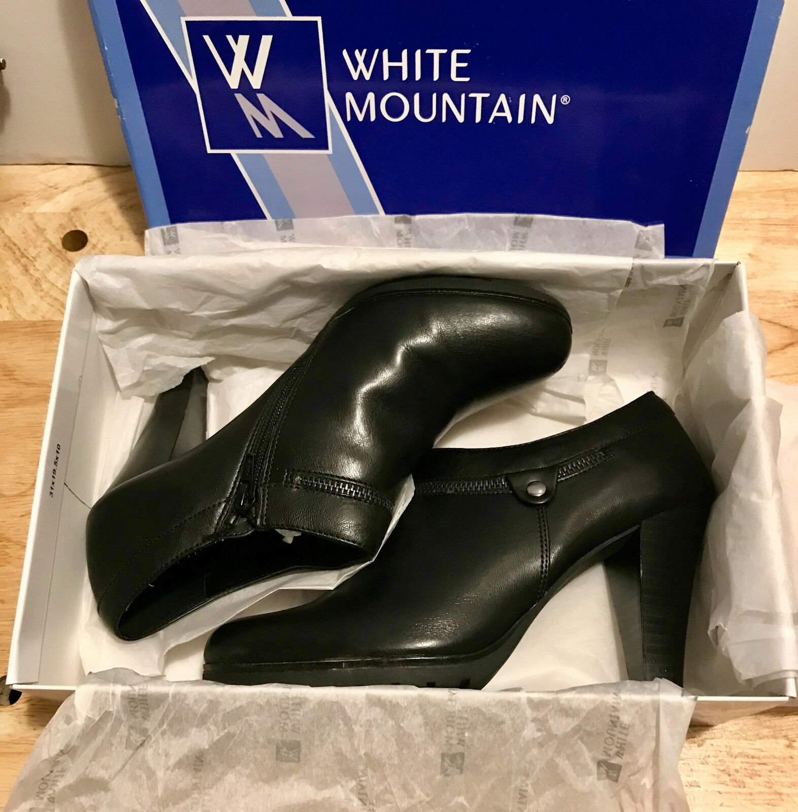White Mountain Ladies/Womens Shoes Size Heels Smirk Black Smooth Size Shoes 9M/9 Medium NEW 37f1f2
