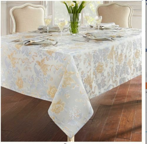 Waterford Linens Eva 90-Inch Round Tablecloth in Blue