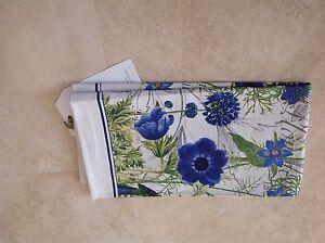 MICHEL DESIGN WORKS KITCHEN TEA TOWEL (1) BLUE FLORAL 100% COTTON NIP