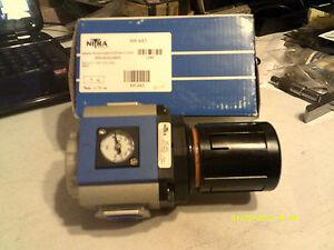 Nitra-AR-443-Regulator-1-2-034-NPT-130PSI-Gauge-Bracket-New-In-Original-Box