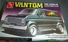 AMT VANTOM FORD ECONOLINE VAN VINTAGE T418 Model Car Mountain KIT 1/25 OPEN