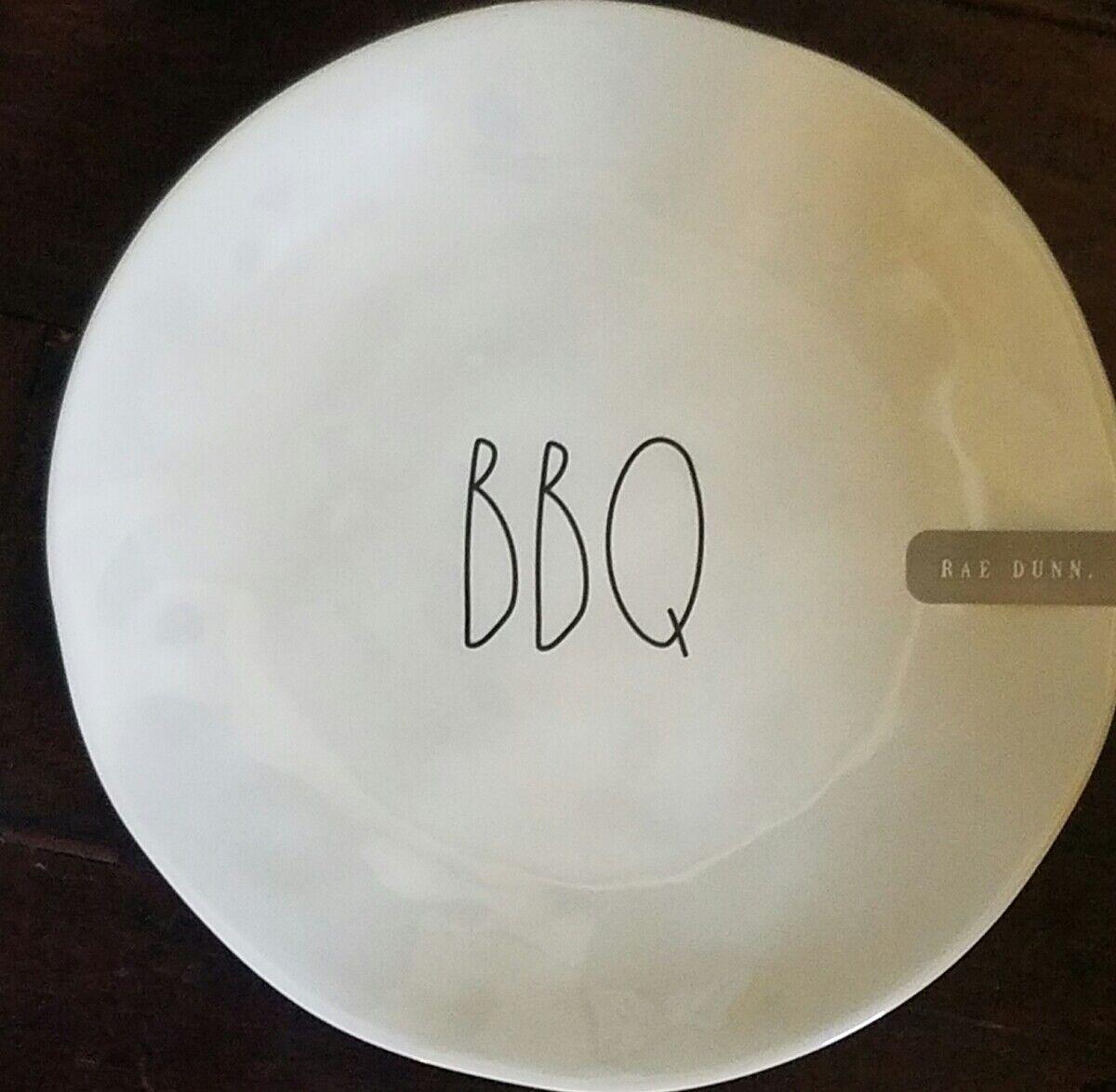 Nouveau Rae Dunn tous BBQ Set de 8 Mélamine 8  Assiettes à salade