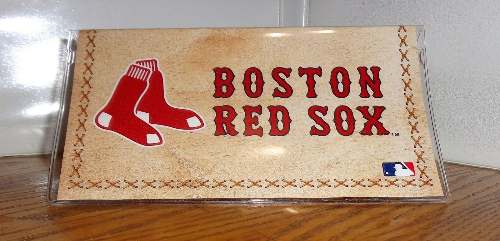 BOSTON RED SOCKS CHECKBOOK COVER. AMERICAN BASEBALL....FREE SHIPPING