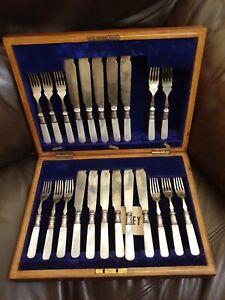 Cased-Antique-Set-Mother-of-Pearl-EPNS-Fish-Knives-Forks-Frederick-Brasted
