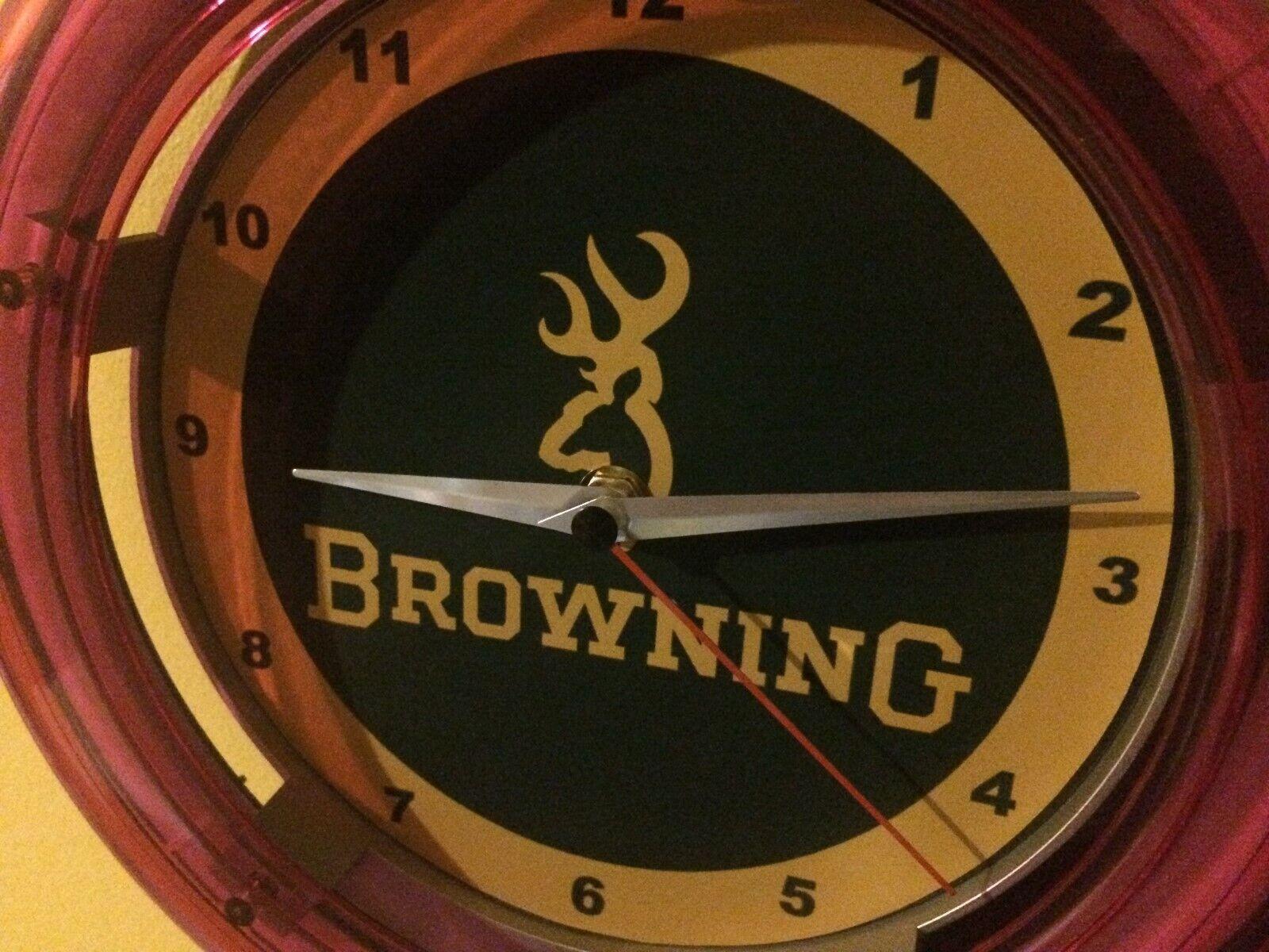 Reloj De Parojo marróning Firearms escopeta rifle Hunter publicidad Cueva de hombre Neón Signo