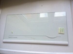 Aldi Kühlschrank Studio : Glasplatte einlegeboden glasboden cm für studio