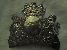Plaque ancienne shako bonnet chapska casque à pointe colback à identifier 16,5cm