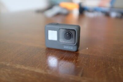 Adaptable Gopro Hero5 4k Ultra Hd With Accessories