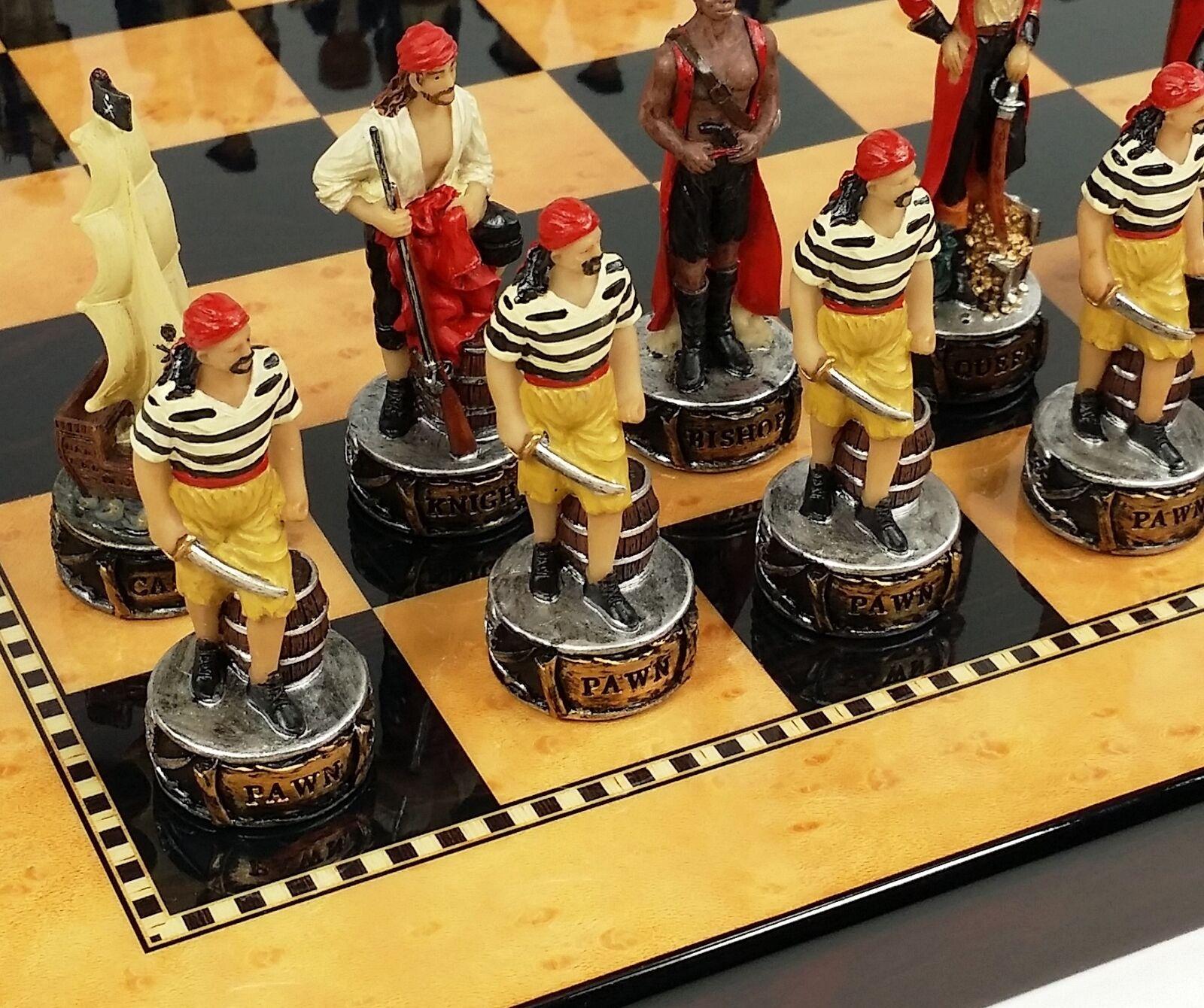 Pirates VS Royal Navy Pirata Juego De Ajedrez W 15  Placa de Color Nogal Arce &