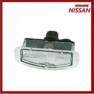 Original-Nissan-Micra-K12-placa-de-matricula-trasera-de-la-lampara-26510bg00a-Nuevo