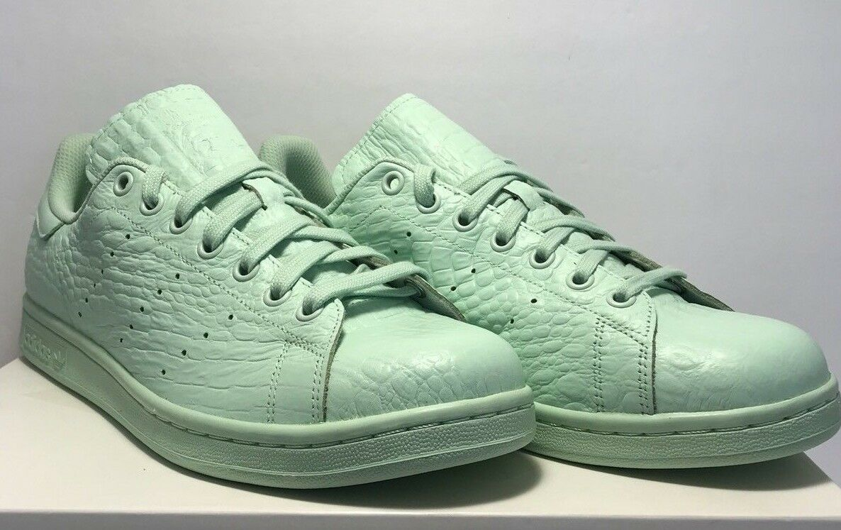 Adidas Womens Size 10 Original Stan Smith Leather Green Casual shoes New