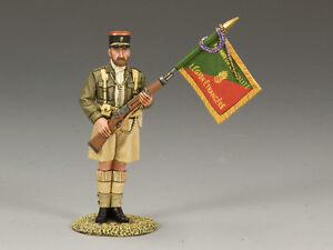 King (and) & Country EA049 - Legionnaire Flagbearer - Retired