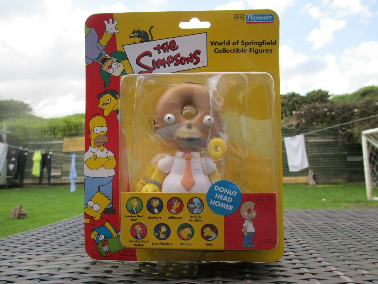 BNIB Playmates WOS The Simpsons - DONUT HEAD HOMER - SEALED Action Figure Toy