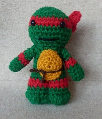 Teenage Mutant Ninja Turtles crochet toy, amigurumi keychain - YouTube | 400x344
