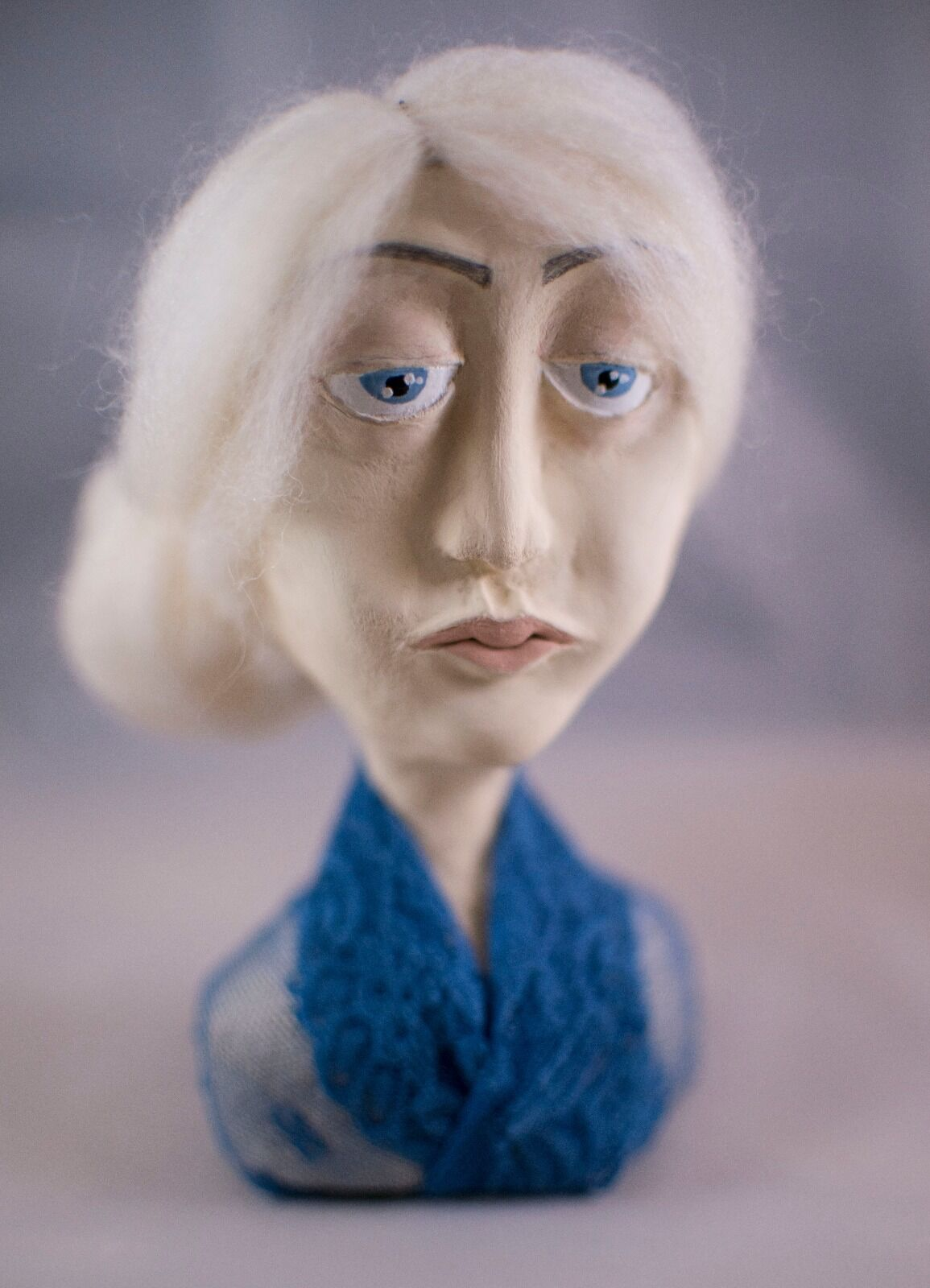 Abigail Arte Muñeca busto de un tipo artesanal hecho a mano de un tipo de arte