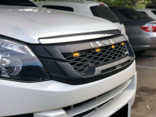 FOR ISUZU D-MAX RWD AWD Diesel 2012-/'14 BLACK FRONT GRILL CHROME LOGO YELLOW LED
