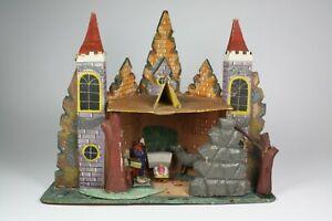 Grulich-Krippe-Haus-mit-div-Figuren-alt-615