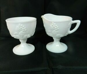 Vintage-Milk-Glass-Creamer-Sugar-Pedestal-Grapevine-Design