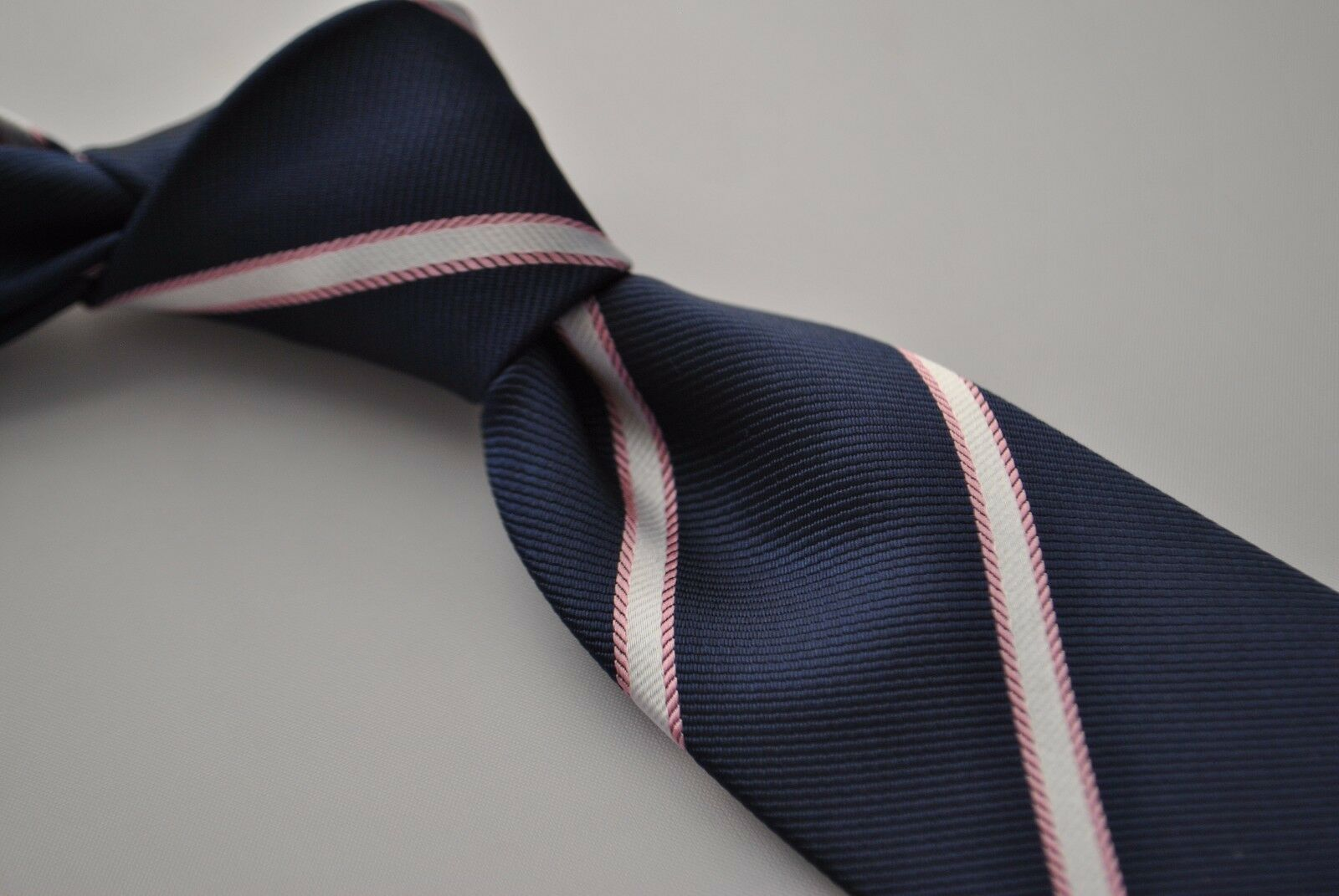 Frederick Thomas navy tie with white and pink stripes FT1756