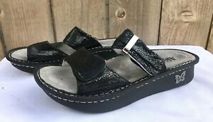 Alegria-Karmen-Black-Metallic-Fun-Women-039-s-Slide-Thong-Sandals-US-8-8-5-EU-38