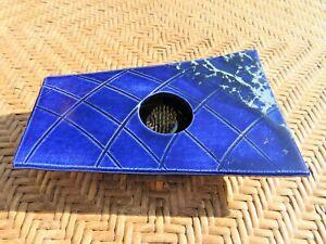 Handcrafted-Japanese-Ikebana-Vase-Flower-Frog-Blue-Signed-Pottery