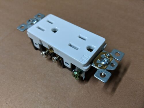 15A Decorator Duplex Receptacles 15 Amp Tamper Resistant WHITE Decora TR 10 pc