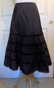 Vintage-Black-Taffeta-Half-Slip-Petticoat-Taffreda-Barbizon-Petti-Peek-Small