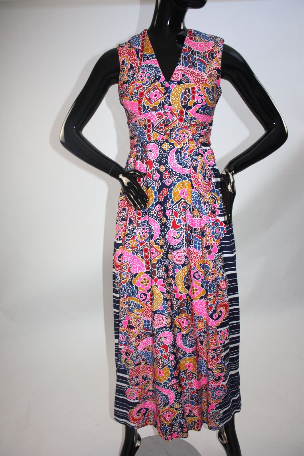 Vintage 1970s Psychedelic print maxi dress - image 1
